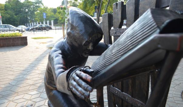 1097629 603x354 3 - Аллея кованых фонарей в Бресте