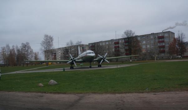 """1222103 603x354 - Памятник-самолет """"Ил-14Т"""" в Бегомле"""