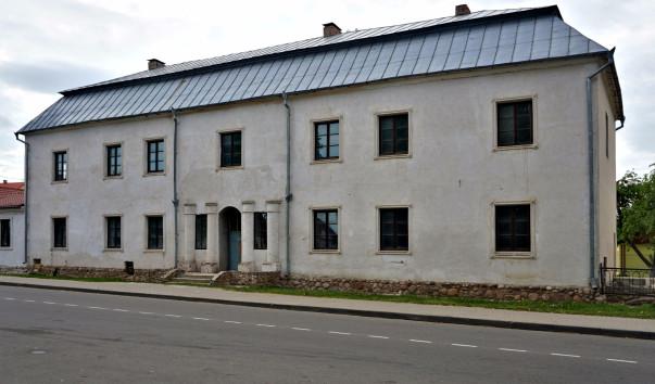 1567209 603x354 3 - Здание плебании в Несвиже