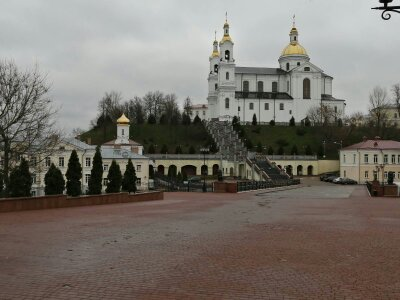 1574760904458 1 - Свято-Успенский кафедральный собор в Витебске