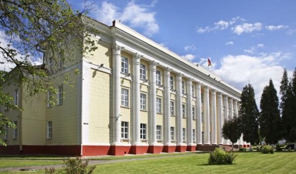 162352 603x354 2 - Здание городской администрации Полоцка