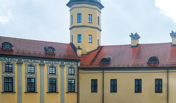 1763938 603x354 1 - Часовая башня Несвижского замка