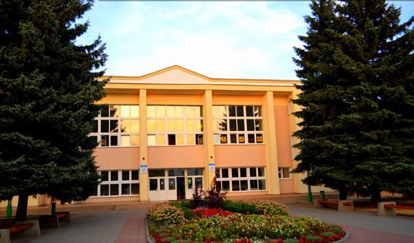 184275 603x354 2 - Барановичская СДЮШОР профсоюзов по спортивной гимнастике и боксу
