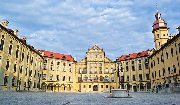 185904 603x354 2 - Дворец Несвижского замка