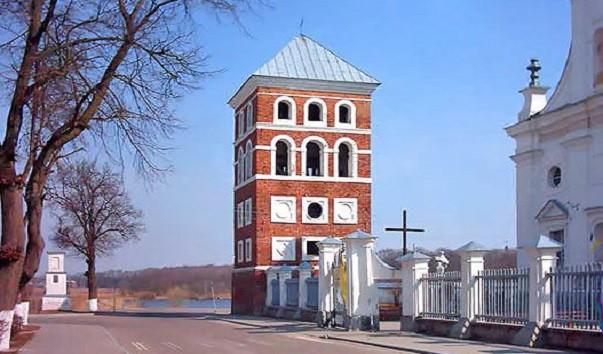 185905 603x354 2 - Башня Несвижского замка