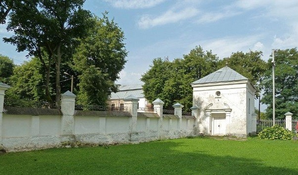 185935 603x354 2 - Часовня Булгарина в Несвиже