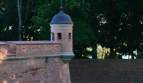 185939 603x354 3 - Оборонительная башня Несвижского замка