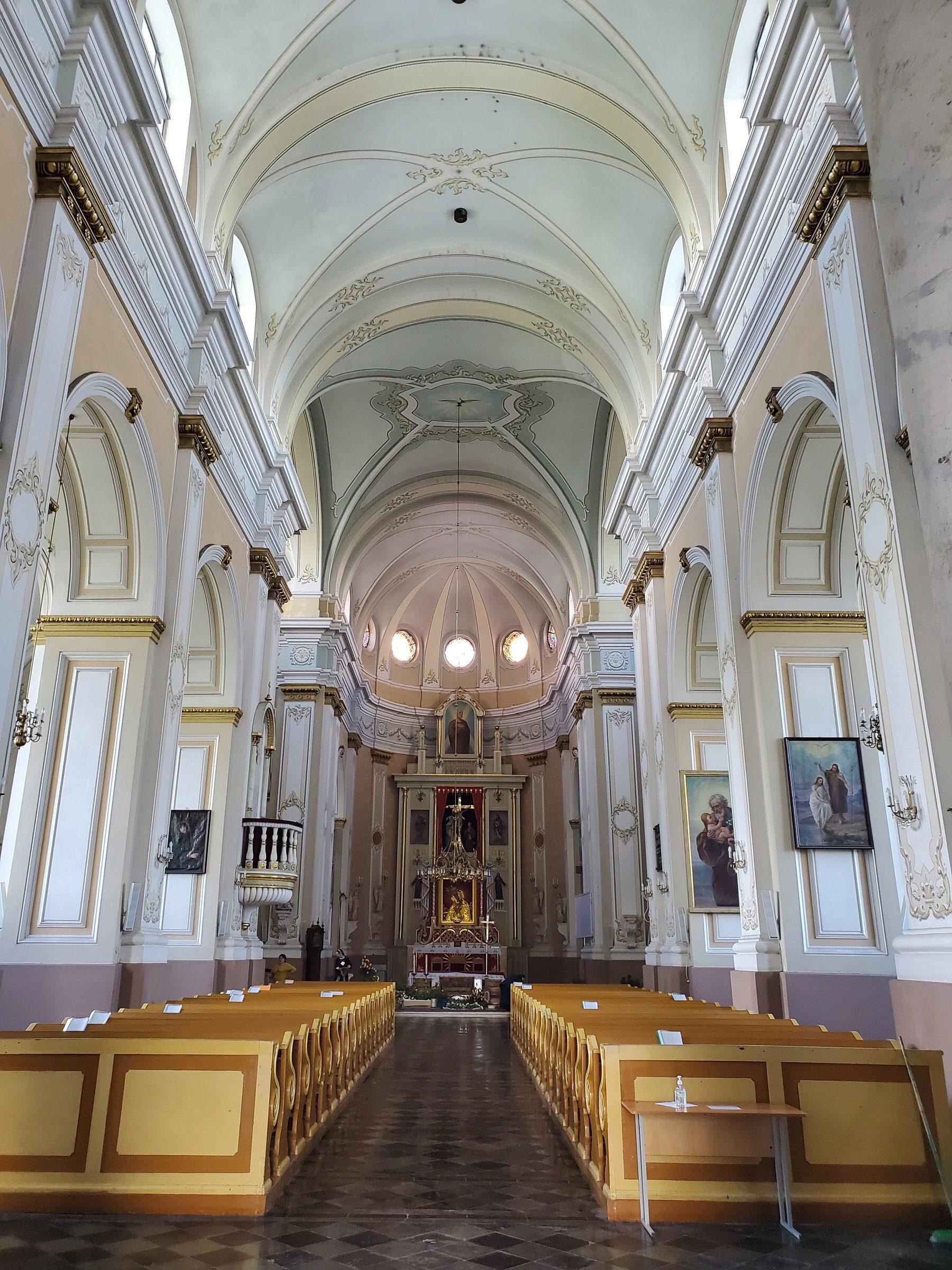 20200606 111017 rotated e1605867704676 - Костел Святого Андрея Баболи в Лынтупах