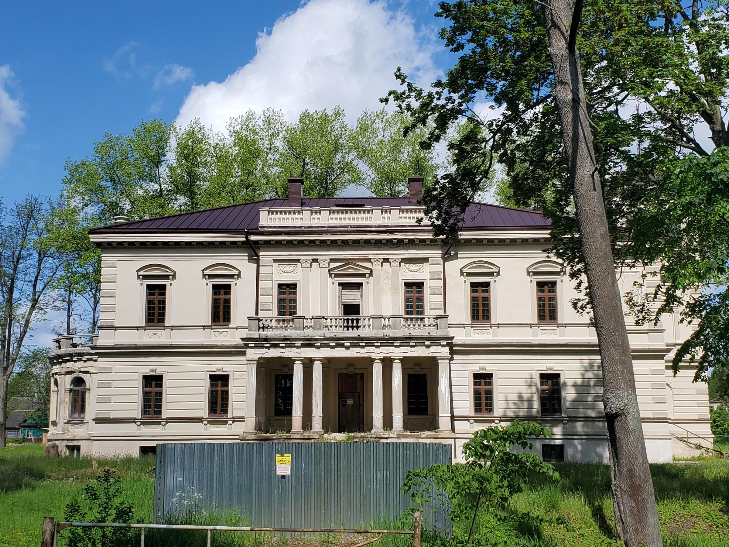 20200606 112647 - Дворец Бишевского в Лынтупах