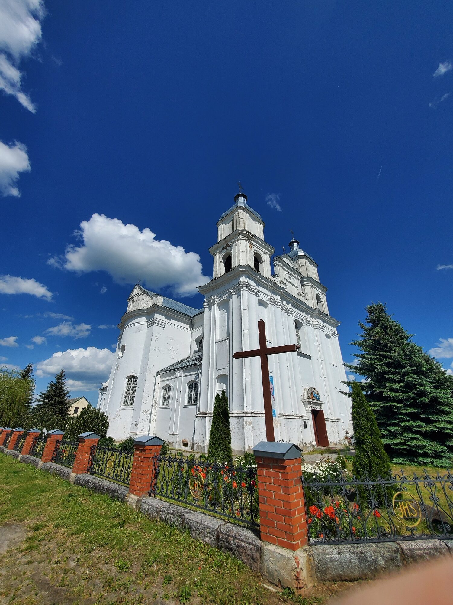 20200606 150934 rotated - Костел Святой Троицы в деревне Дуниловичи