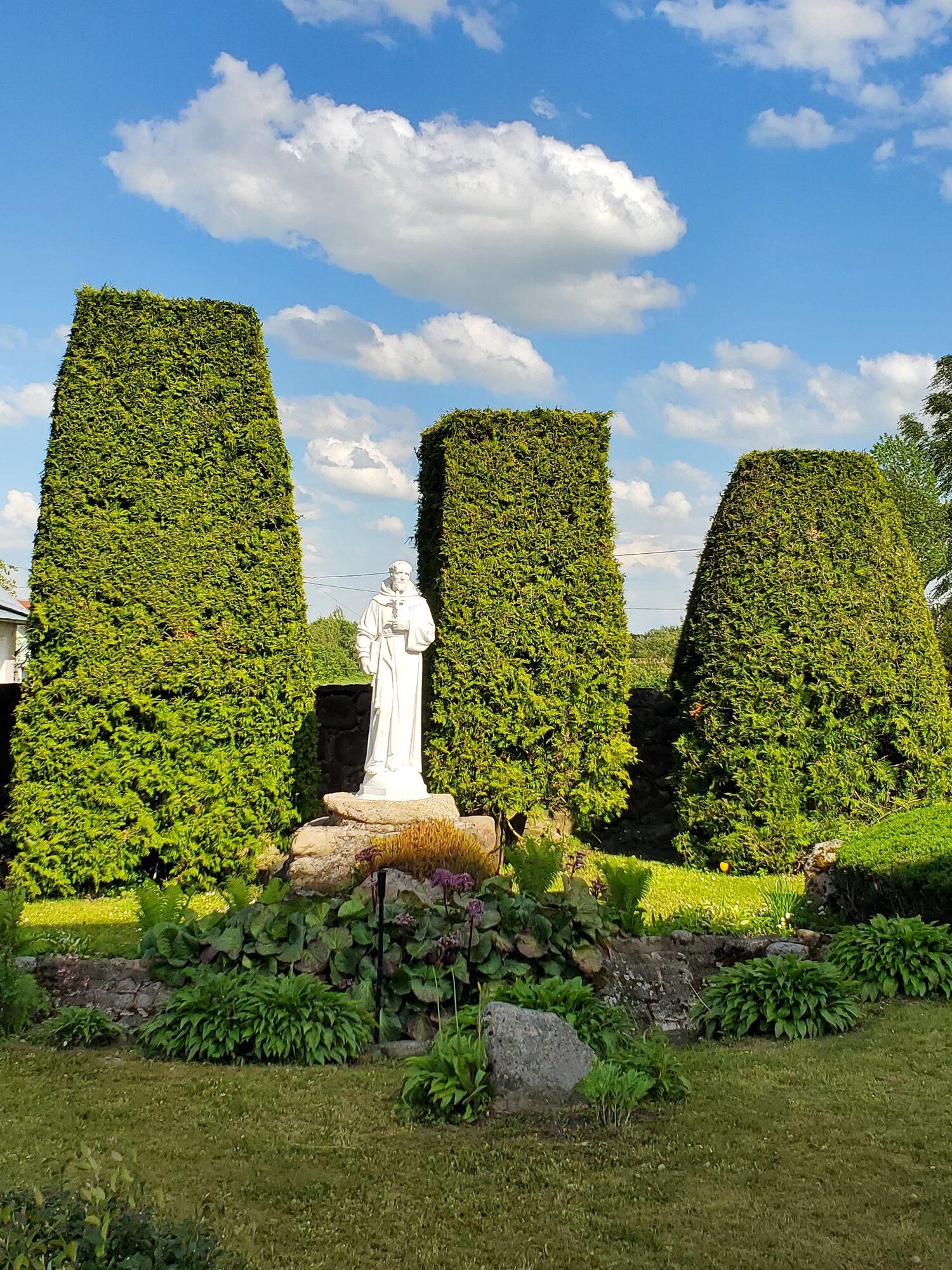 20200606 165013 1 rotated - Костел Пресвятой Девы Марии в деревне Парафьяново