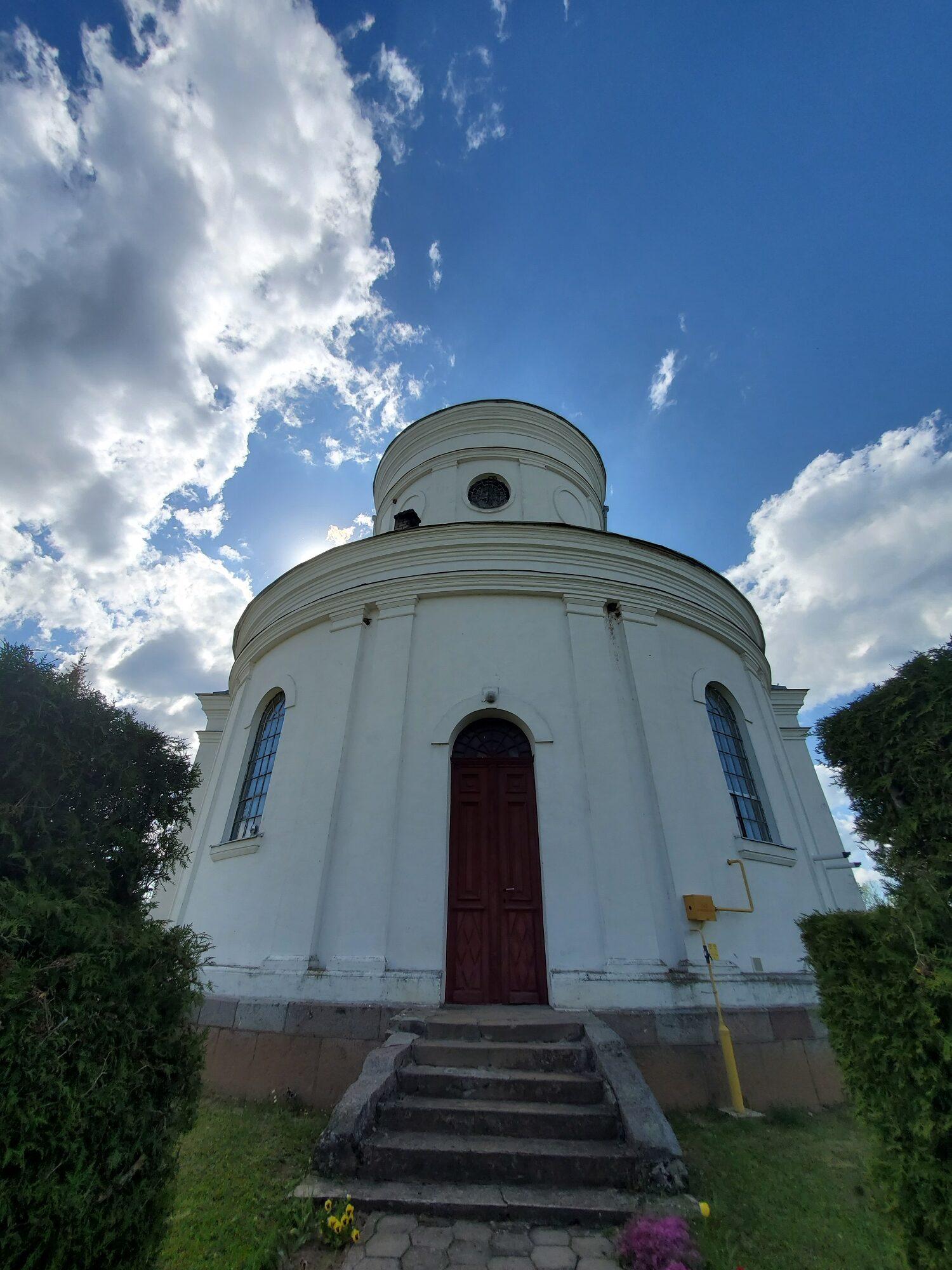 20200606 165033 rotated - Костел Пресвятой Девы Марии в деревне Парафьяново