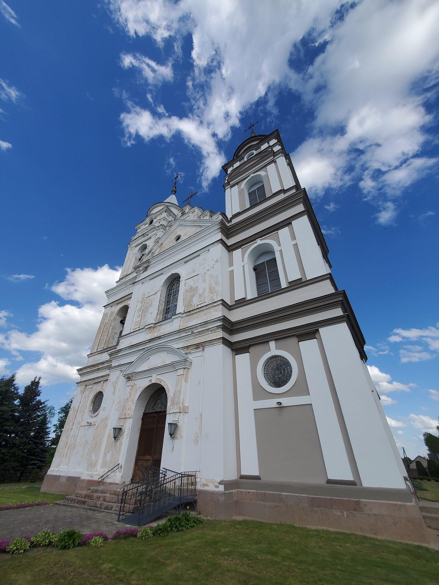 20200606 165243 rotated - Костел Пресвятой Девы Марии в деревне Парафьяново