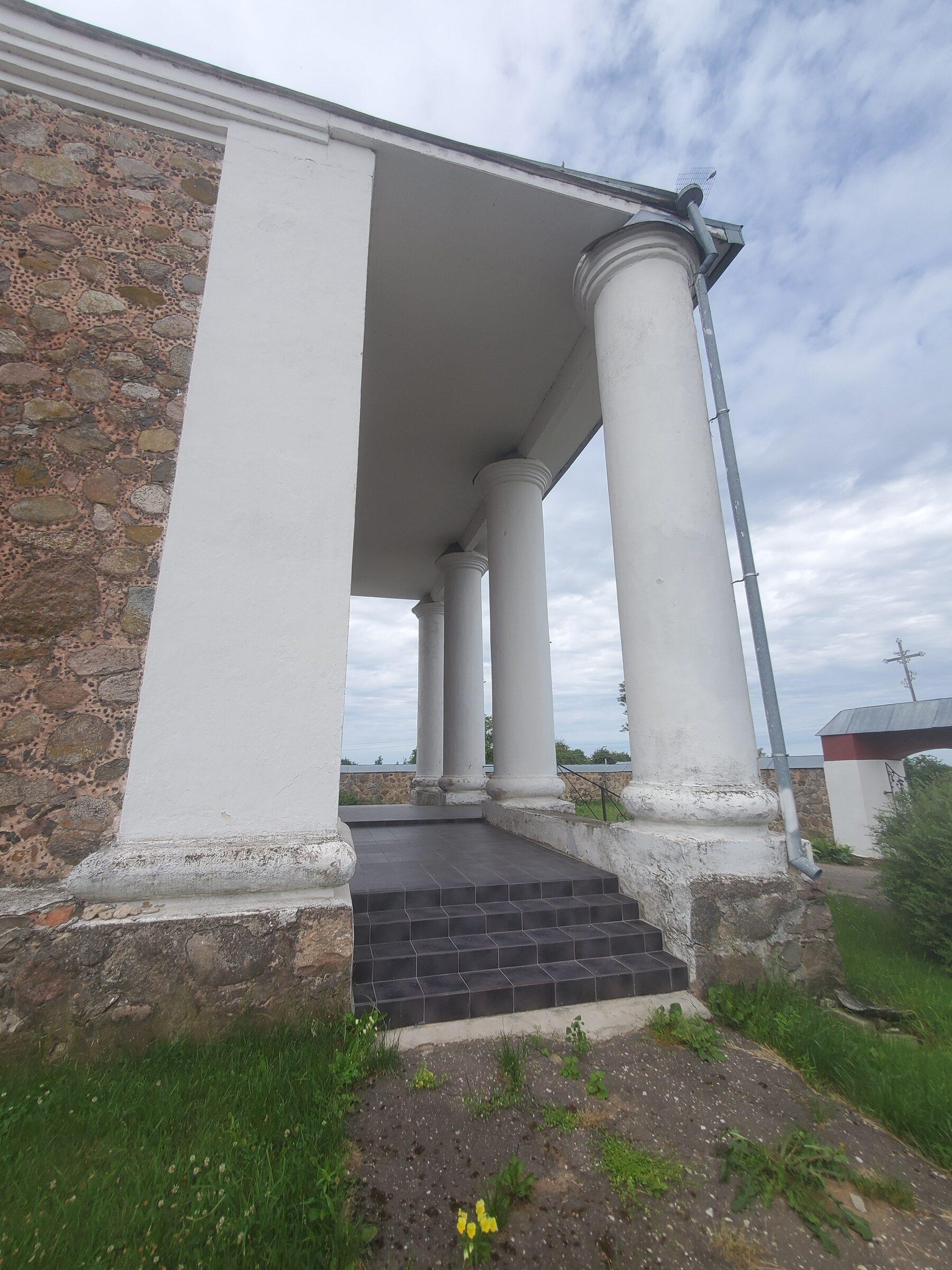 20200703 113750 rotated - Костел Вознесения Девы Марии в Дерковщине