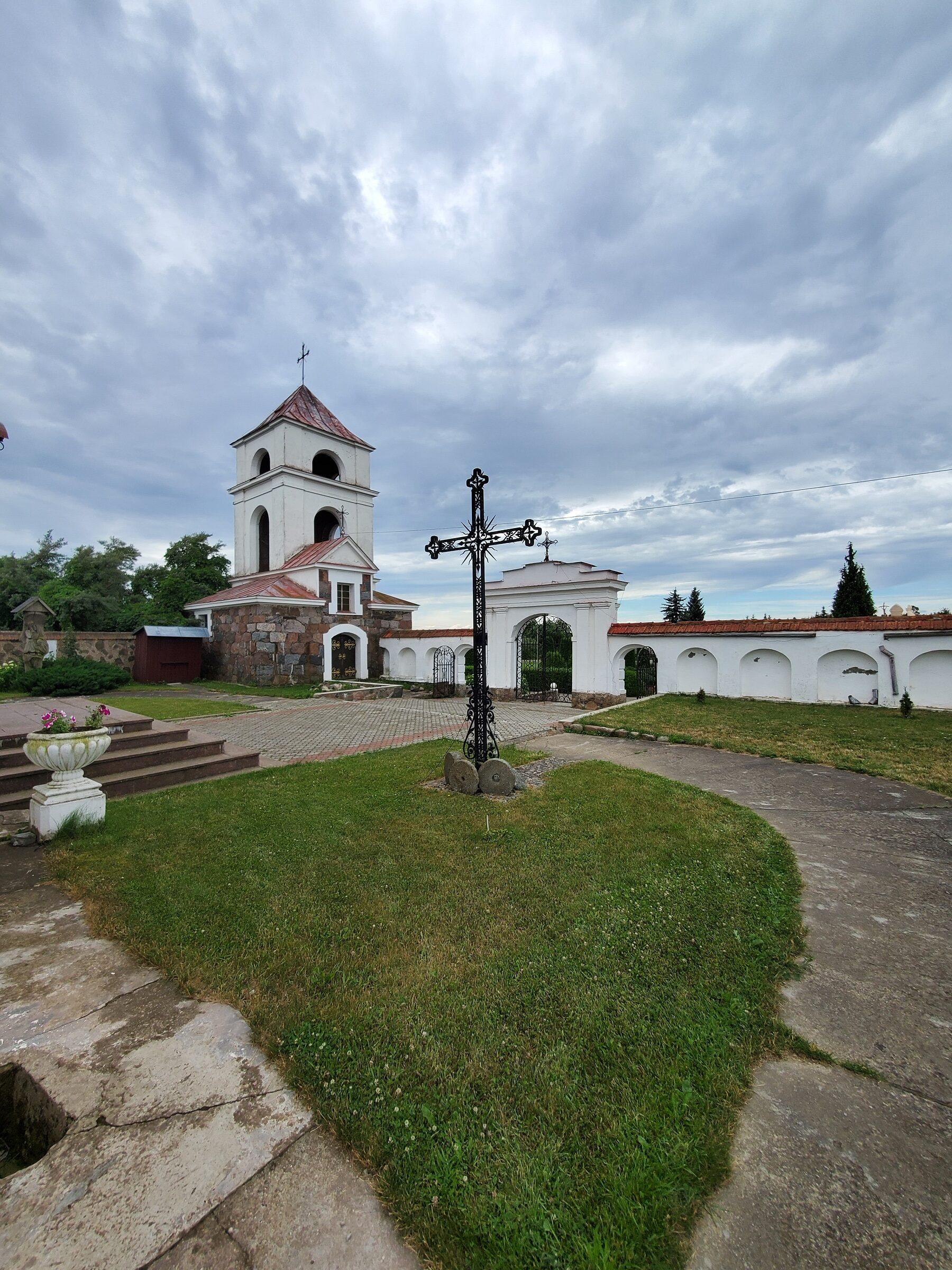 20200703 142649 1 rotated - Костел Святой Анны в деревне Мосар