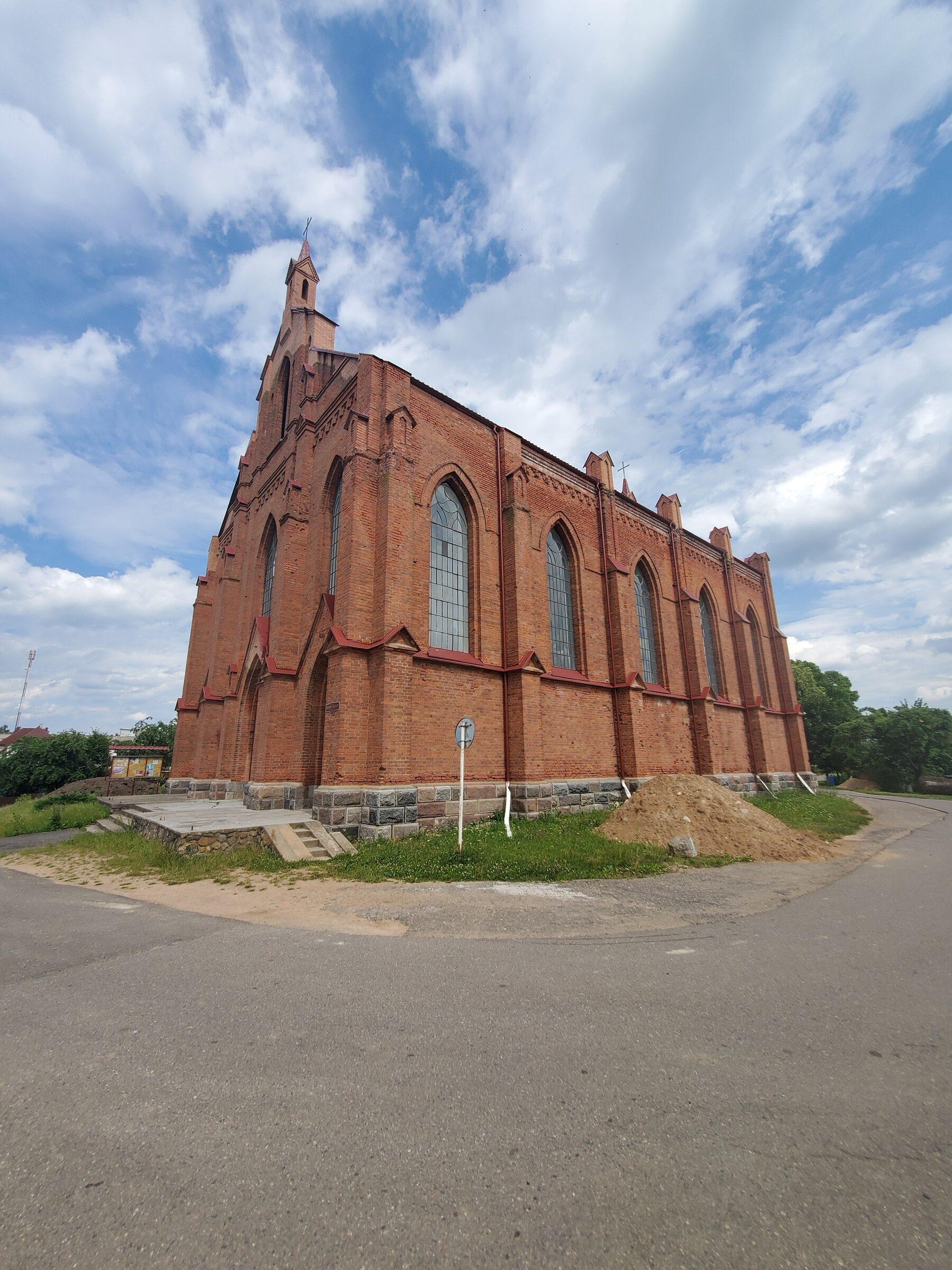 20200705 141556 rotated - Костел Святого Лаврентия в Ушачах
