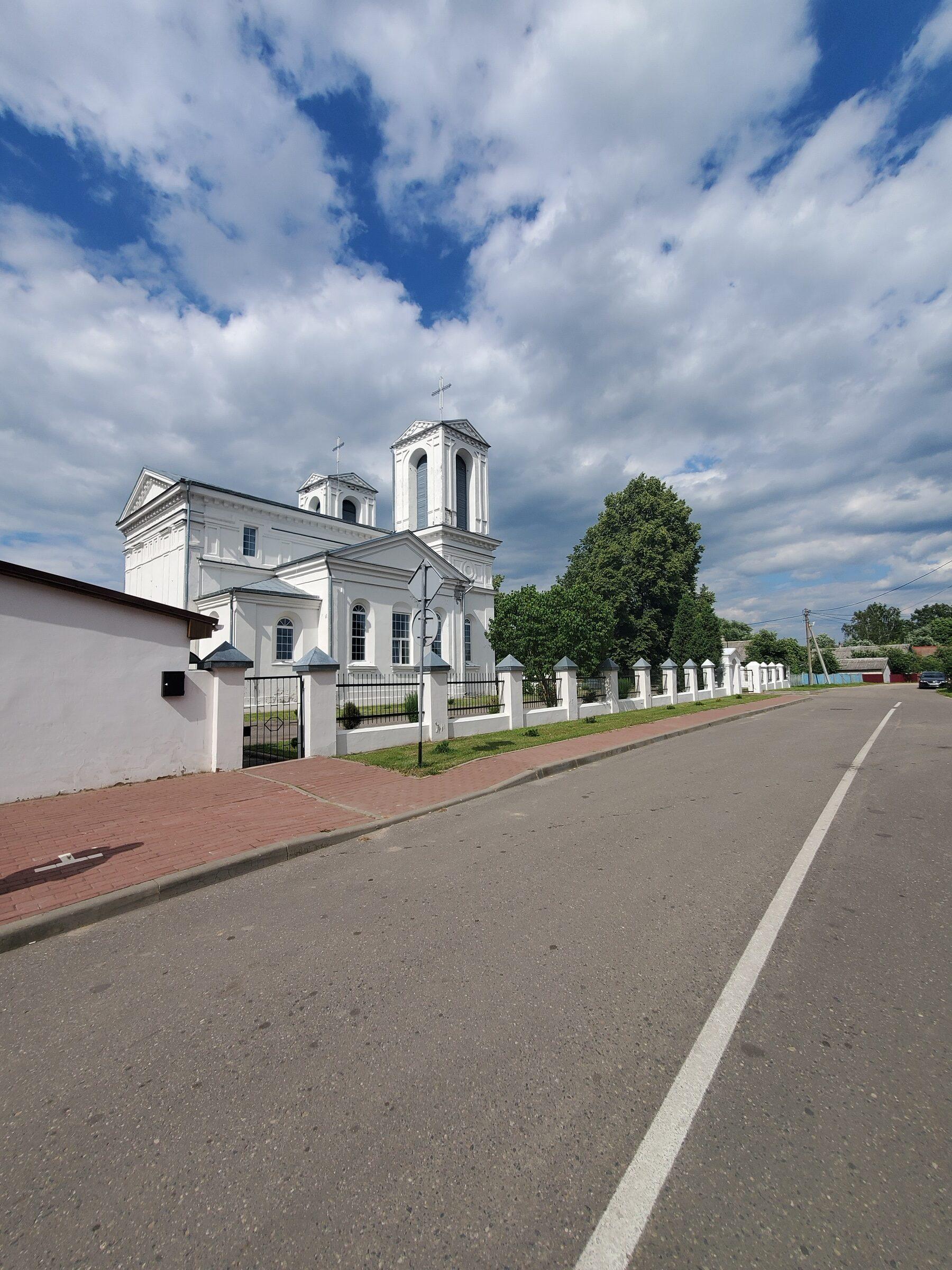 20200705 155155 rotated - Костел Святого Казимира в Лепеле