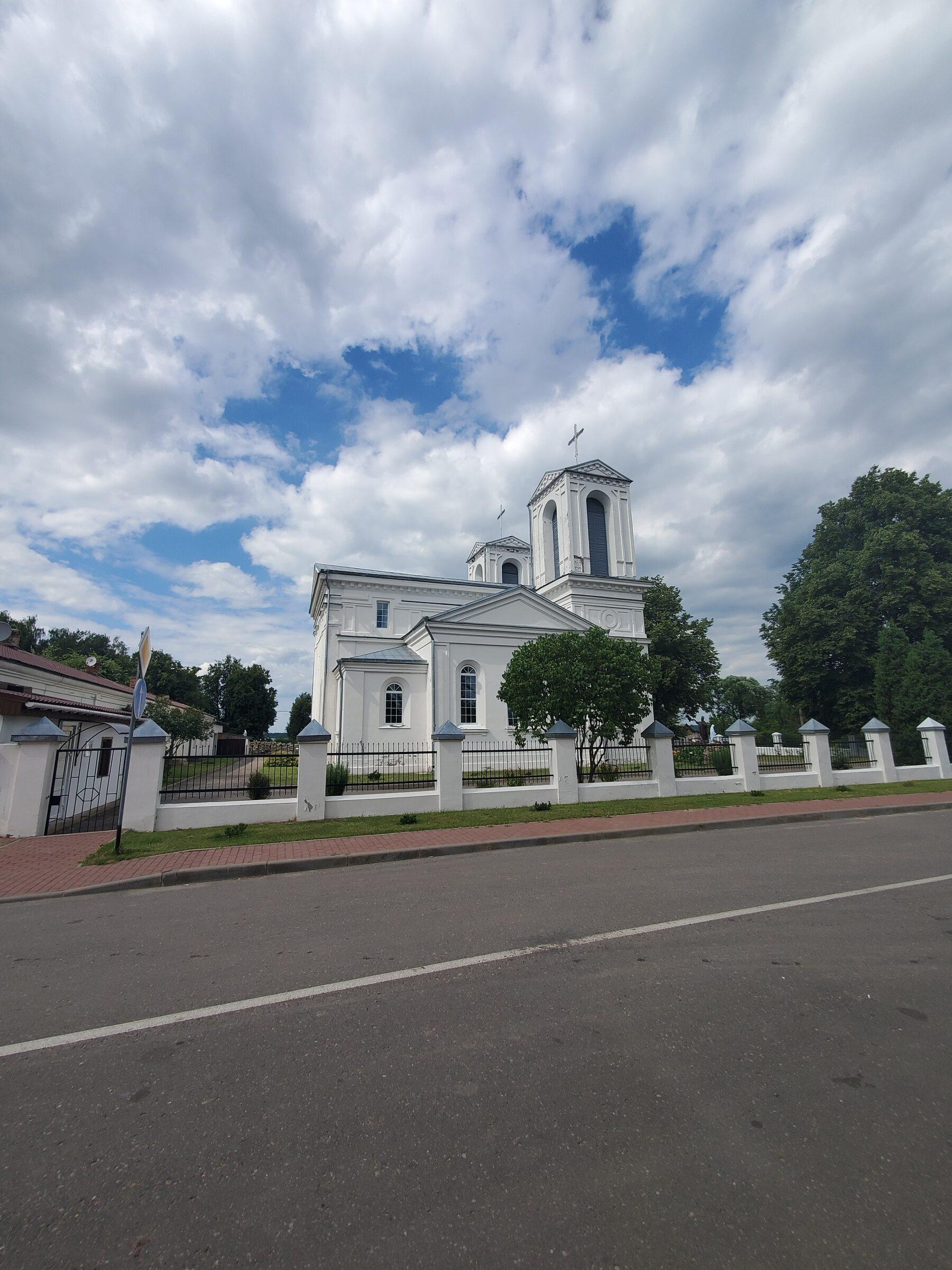 20200705 155214 rotated - Костел Святого Казимира в Лепеле
