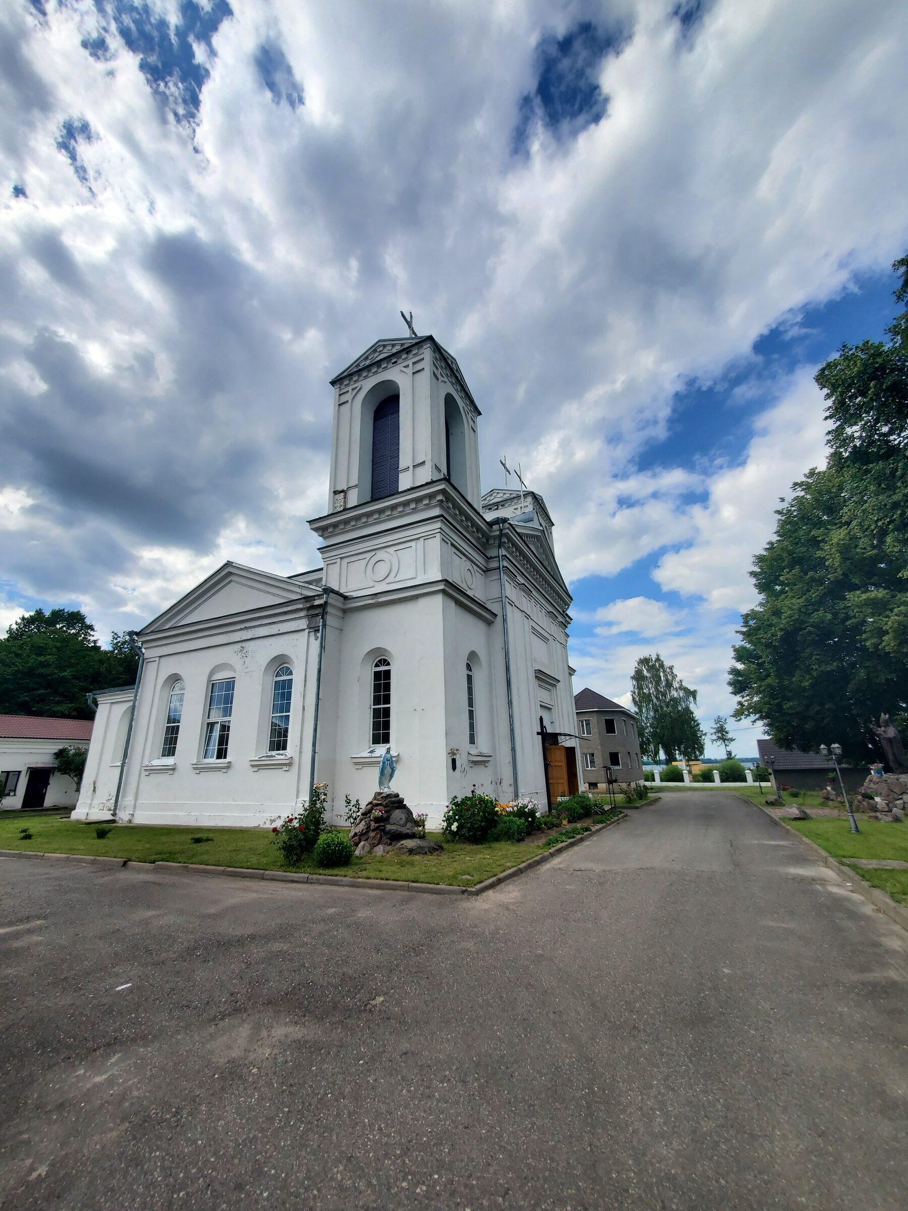 20200705 155249 rotated - Костел Святого Казимира в Лепеле