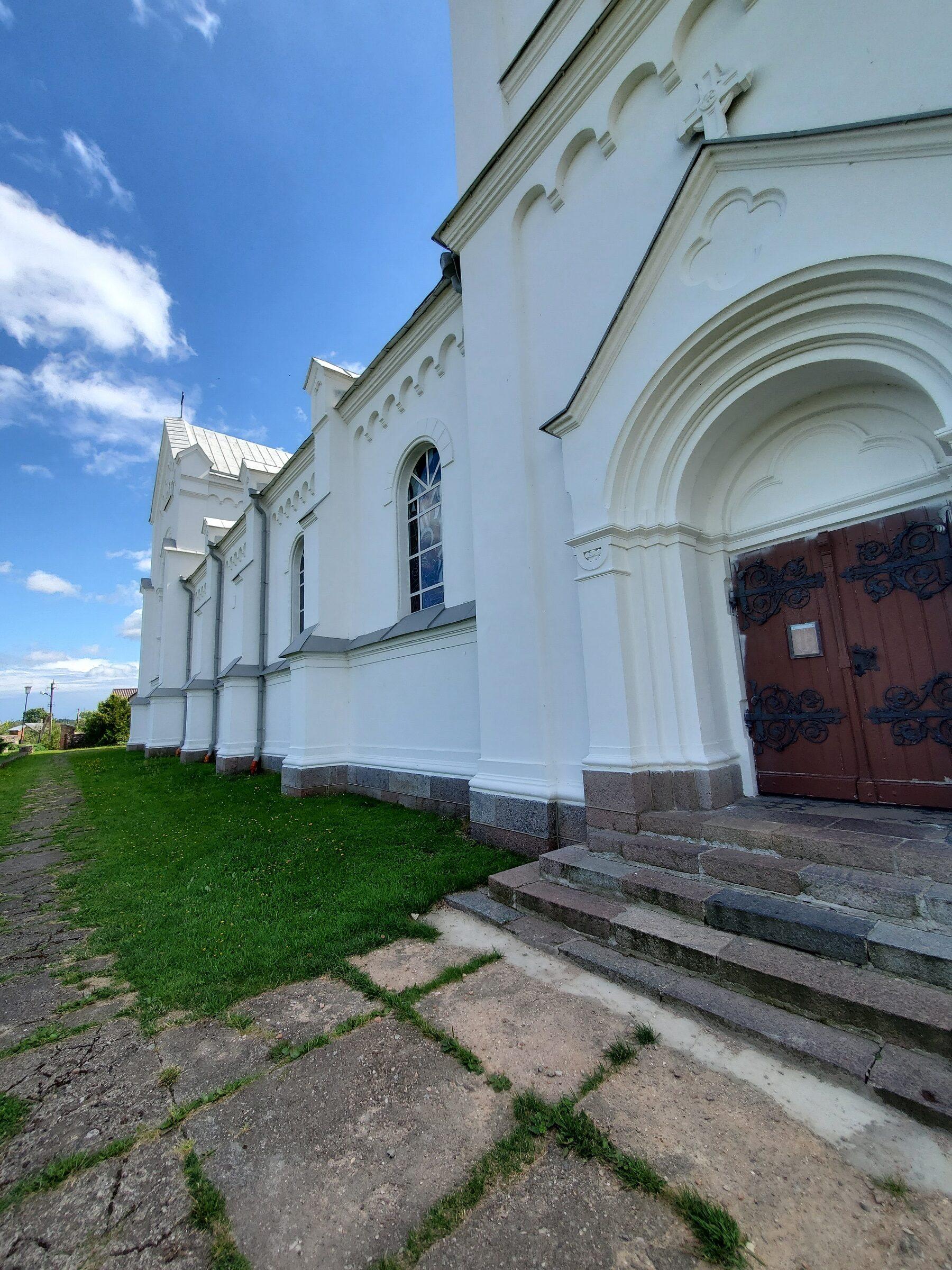 20200730 142005 rotated - Костел Божьего Провидения в Слободке