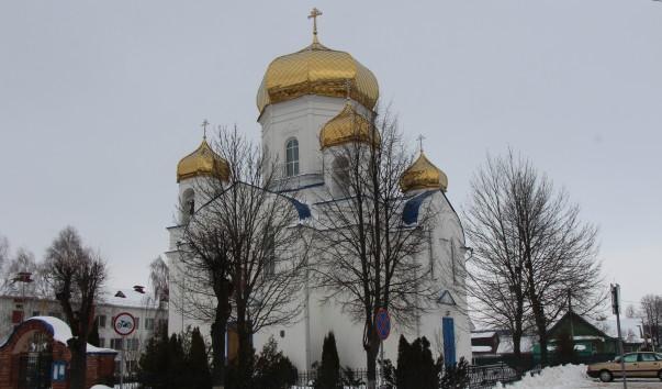 211495 603x354 2 - Спасо-Преображенская церковь в Шклове