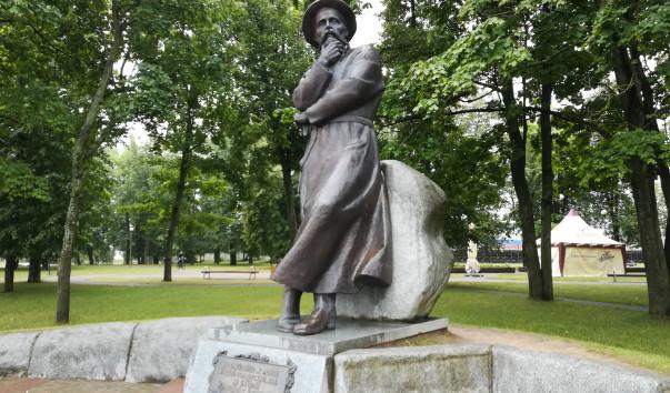 214152 603x354 2 - Памятник Франциску Богушевичу в Сморгони