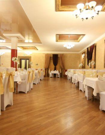 3 2 350x450 1 - Ресторан «Кобрин»
