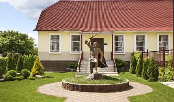 32502 603x354 2 - Музей средневекового рыцарства в Полоцке