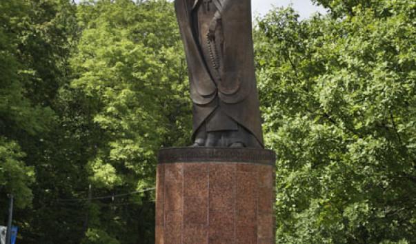 326230 603x354 2 - Памятник Евфросинии Полоцкой в Полоцке