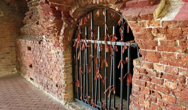 372297 603x354 - Брестская крепость