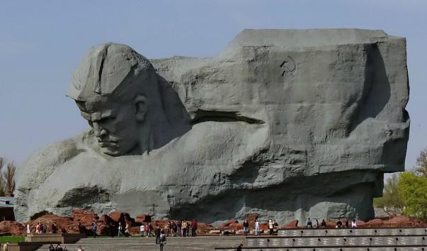 379852 603x354 - Монумент «Мужество» в Брестской крепости