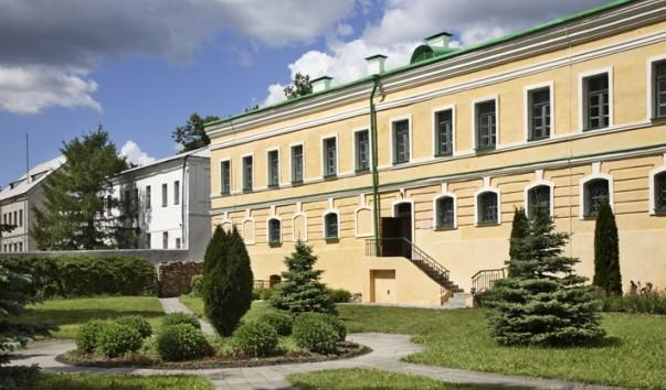 47129 603x354 2 - Корпус Богоявленского монастыря в Полоцке