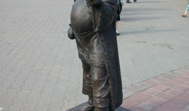 485216 603x354 2 - Скульптура «Полоцкий купец»