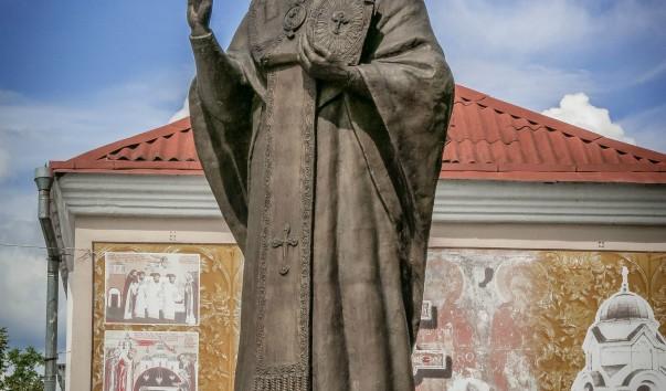 830543 603x354 2 - Памятник Николаю Чудотворцу в Полоцке