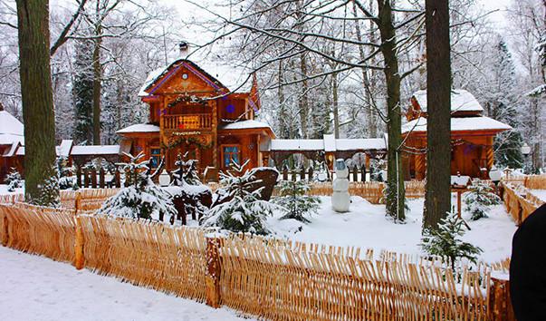 84927 603x354 2 - Резиденция Деда Мороза в Бресте