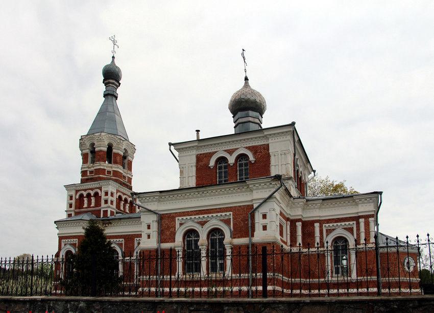 850x612 - Свято-Вознесенская церковь в Лужесно