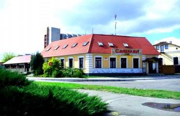 CoGPxepMmGM 372x240 1 - Кафе Саперави в Пинске