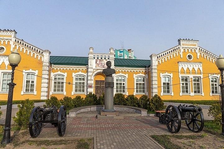 KRAEVEDCHESKIJ MUZEJ V DOBRUSHe - Краеведческий музей в Добруше
