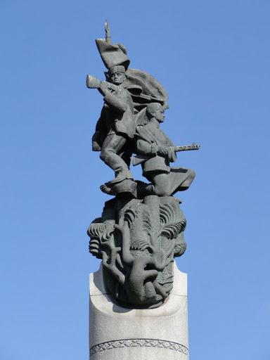 Памятник Беларусь партизанская 3