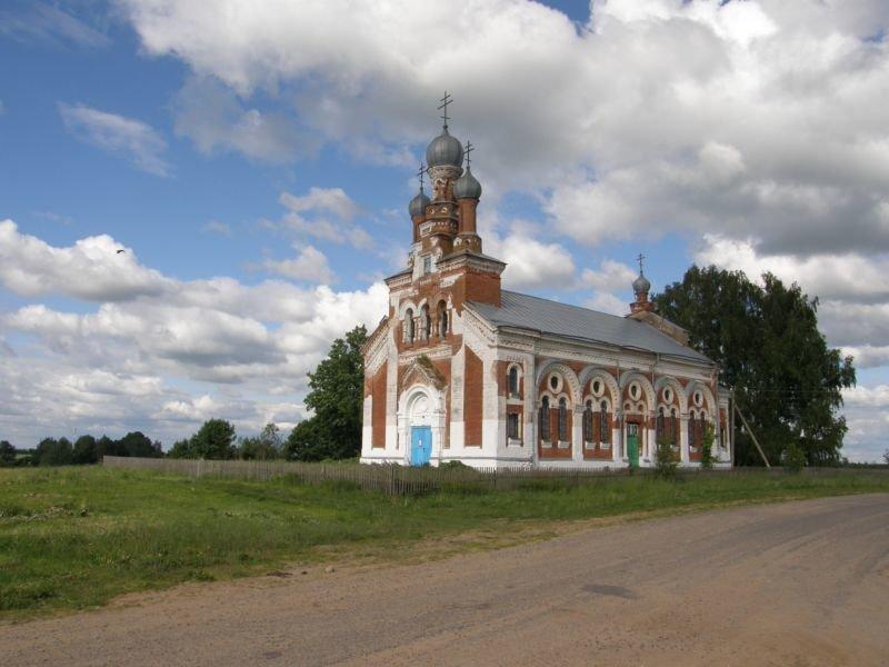 Pobeda 1 - Успенская церковь в деревне Победа