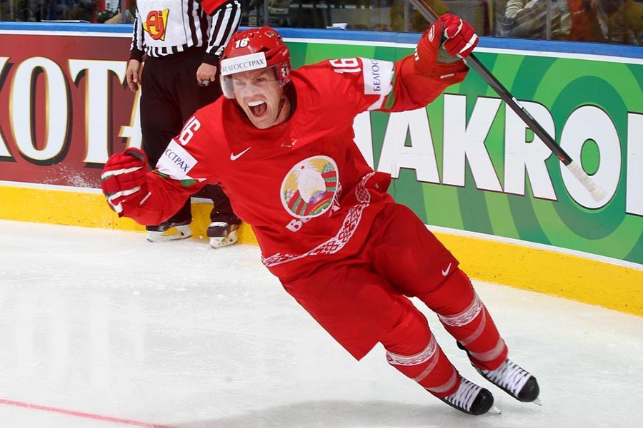 Руслан Салей - призер по хоккею
